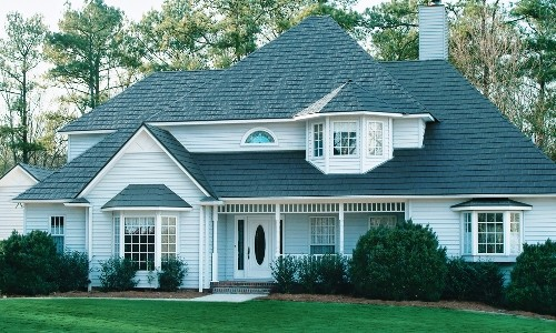 Slate Steel Roofing for a Beautifully Styled Home