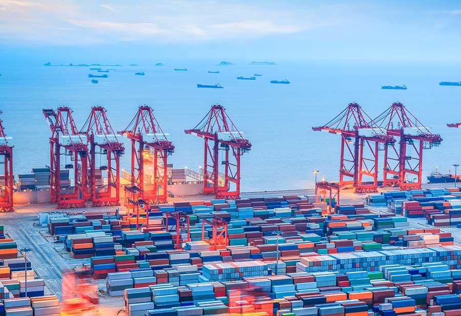Cargo shipping backlog